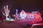 milton christmas display